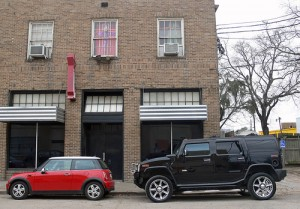 big-car-vs-small-car